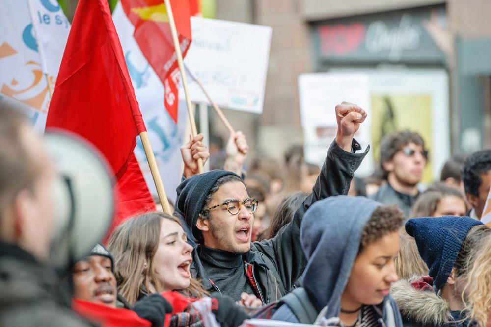 Manifestations lycéennes : blocages et heurts