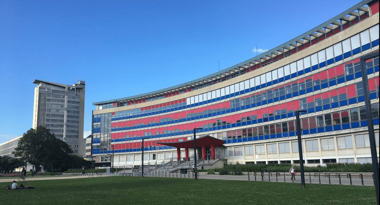 Université de Strasbourg: le président n'augmentera pas les frais d'inscription pour les étudiants étrangers