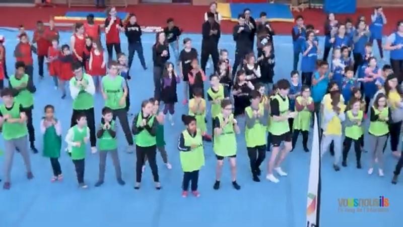 Semaine Olympique et Paralympique à l'école : à Alençon, les élèves aux agrès, aux côtés d'une athlète olympique !