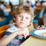 Cantine scolaire : le collectif de parents «Les enfants du 18 mangent ça» se rebelle