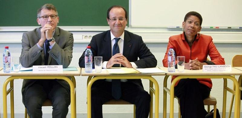 François Hollande propose aux lycéens d'aller les voir pour parler Europe