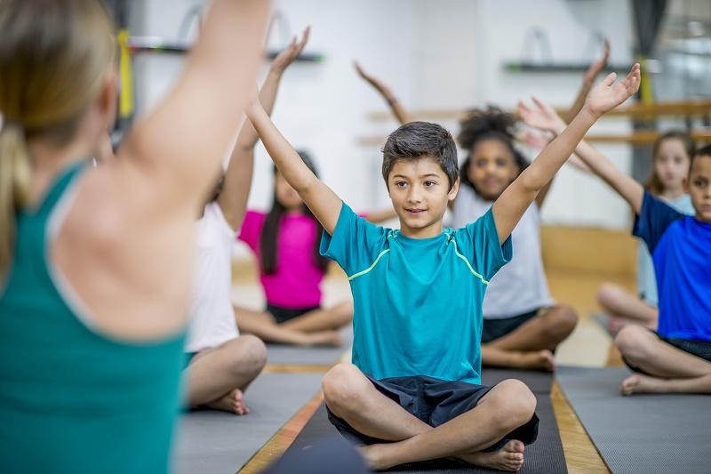 Comment le yoga a modifié ma pratique de professeure d'Histoire-Géographie