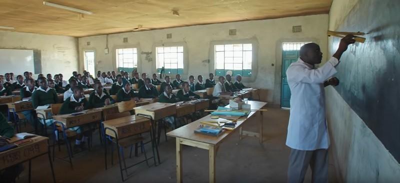 Le Kényan Peter Tabichi sacré meilleur enseignant du monde