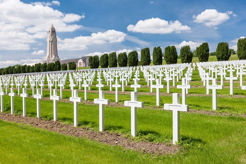 La suppression de la bataille de Verdun des programmes d'Histoire fait polémique