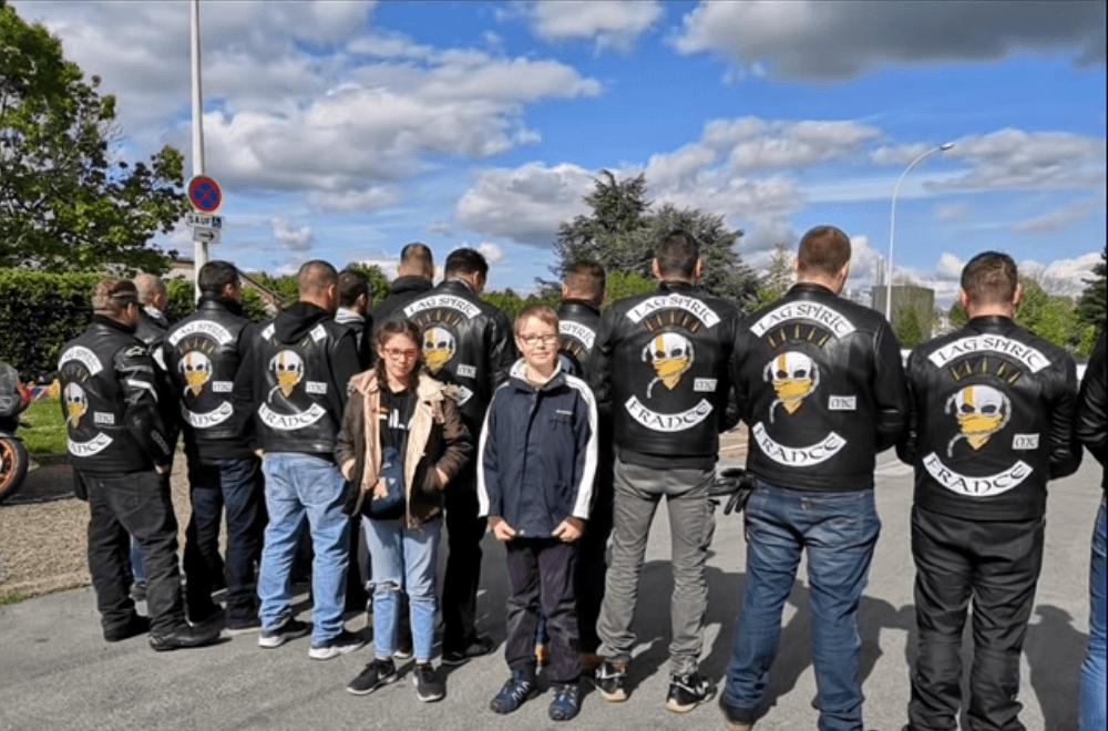 Tours : un collégien harcelé, escorté par des motards