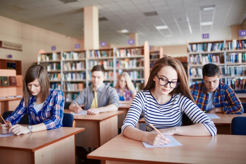 Réforme du lycée : selon le SNES-FSU, les choix d'orientation restent identiques