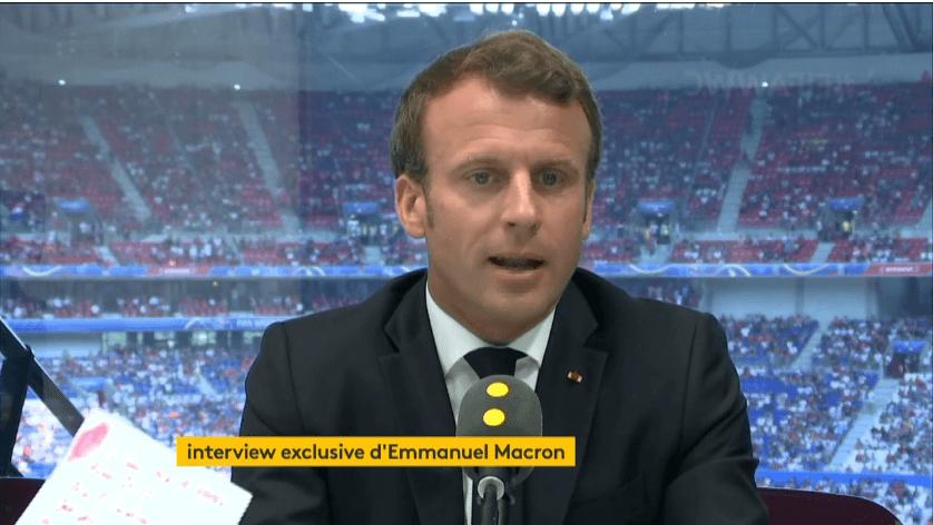 Grève des corrections des copies du bac : Emmanuel Macron parle de «prise d'otage»
