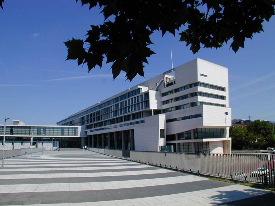 Université de Cergy-Pontoise : tollé suite à un formulaire sur les «signaux faibles de radicalisation»