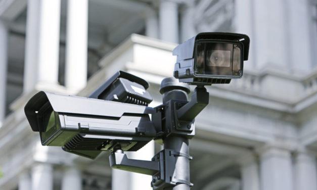 Vidéosurveillance dans les établissements scolaires : la CNIL intervient