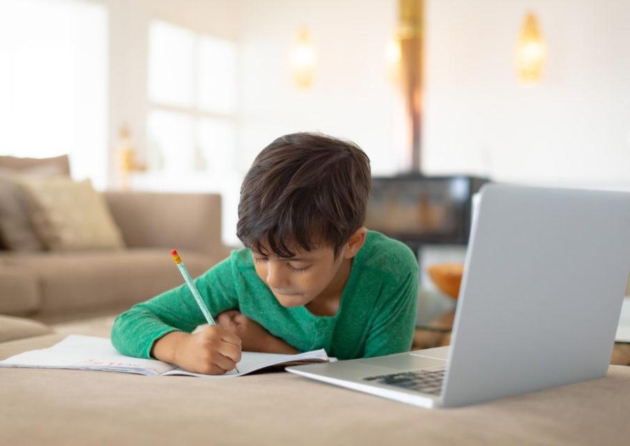82 % des parents jugent que les enseignants ont bien su s'adapter à l'enseignement à distance