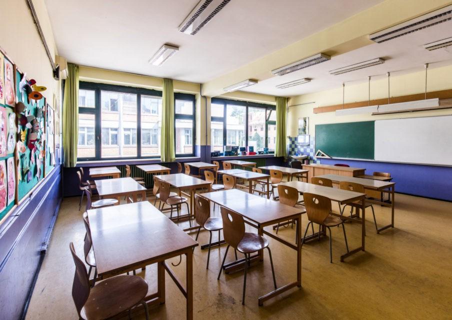 Les Français défavorables à un assouplissement du protocole sanitaire à l'école en juin, selon un sondage