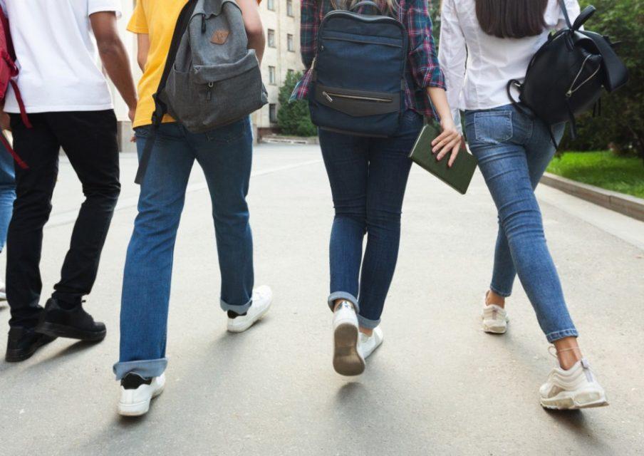Le milieu scolaire et universitaire est la 1ère source de clusters en cours d'investigation