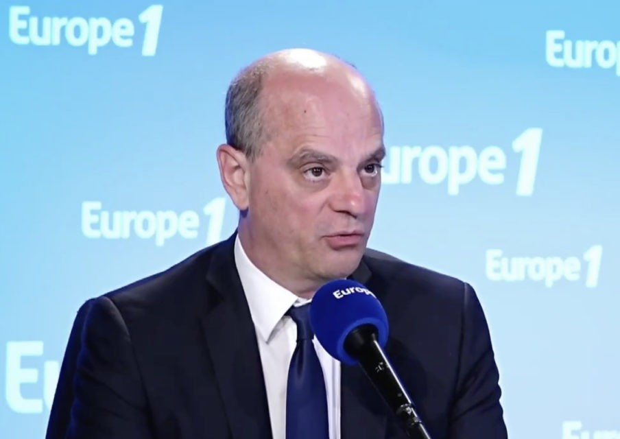 Le protocole sanitaire sera assoupli à partir du 22 juin, assure Jean-Michel Blanquer