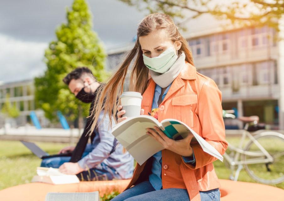 Le milieu scolaire et universitaire toujours en tête des clusters en cours d'investigation