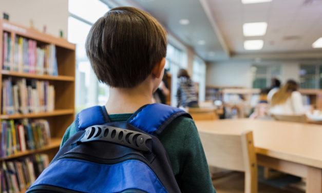 «Auto-confinement» : les élèves auront le droit de s'absenter avant les vacances de Noël