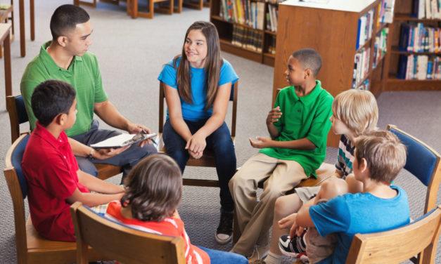 Parler laïcité en classe : les idées de Canopé pour les enseignants