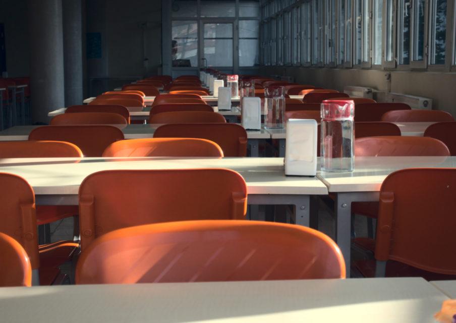 Le gouvernement pourrait annoncer une fermeture des cantines scolaires