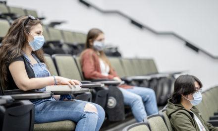 Dans les universités, une rentrée pas à pas