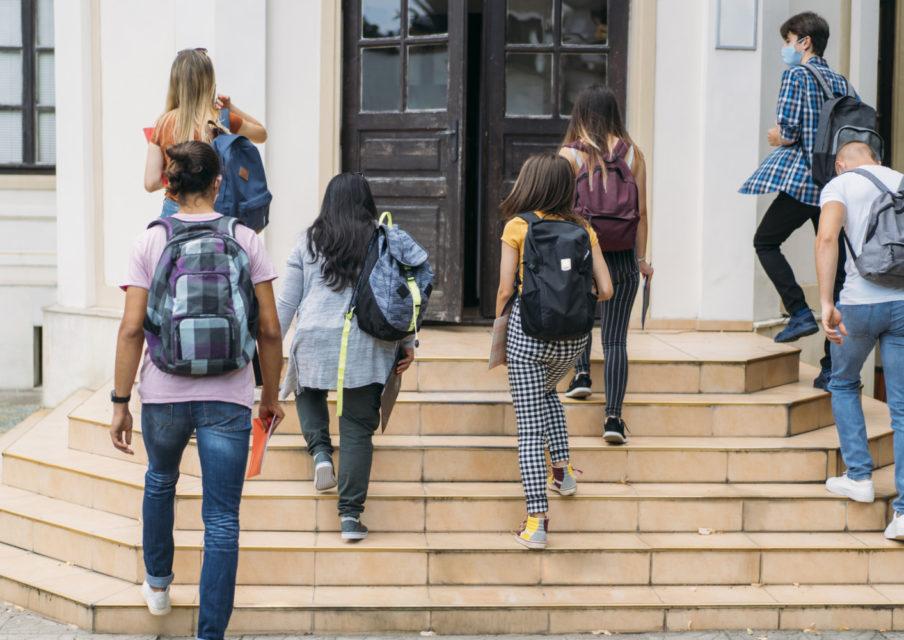 Un nouveau protocole sanitaire pour les écoles, collèges et lycées publié ce lundi
