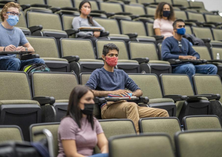 Universités : F. Vidal annonce un plan d'action pour la rentrée